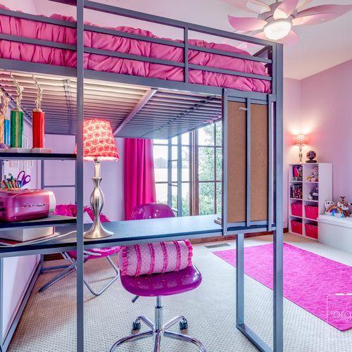 Tween Bedroom - declutter & staging for sale