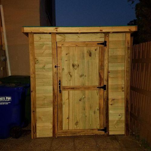 Wooden Backyard Entrance