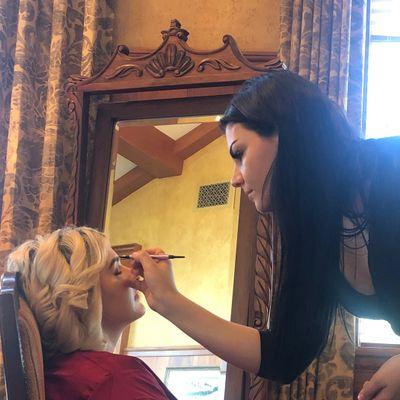 Avatar for Lauren Amodeo - Makeup Artist