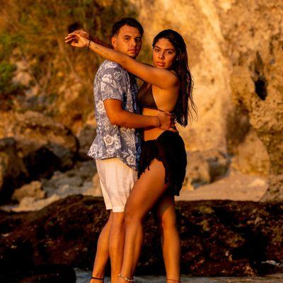 Avatar for Forefront Media Group | Aileen & Oscar