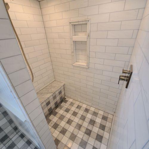 Master bathroom. -Excelsior