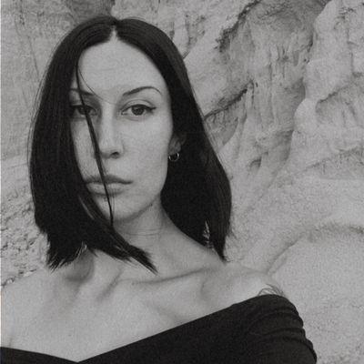 Avatar for Melina Louiz Photo