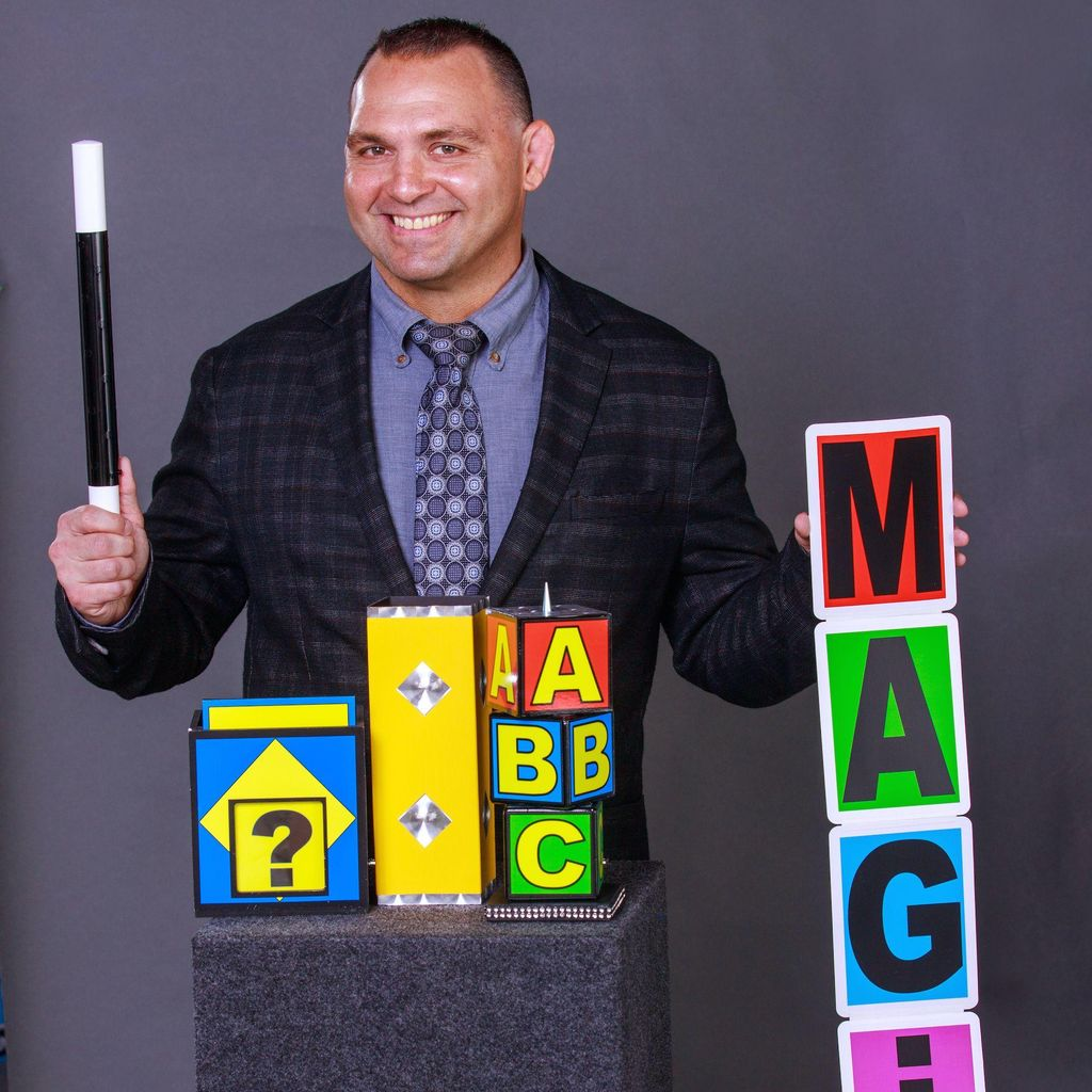 Kids Magician Chad Collyer