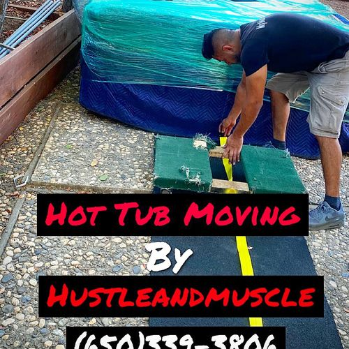 HUSTLEandMUSCLE's team is highly experienced with Hot Tub Moves
